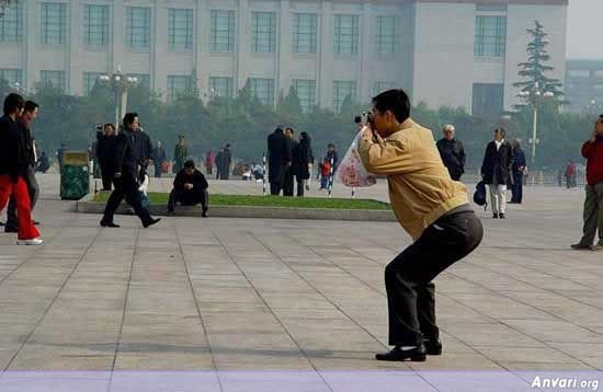 001 - chinese man's photo shooting style