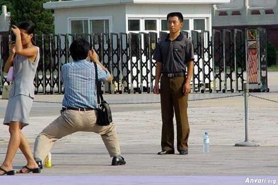 007 - chinese man's photo shooting style