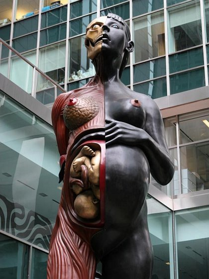 10 - 24 of the world's weirdest statues