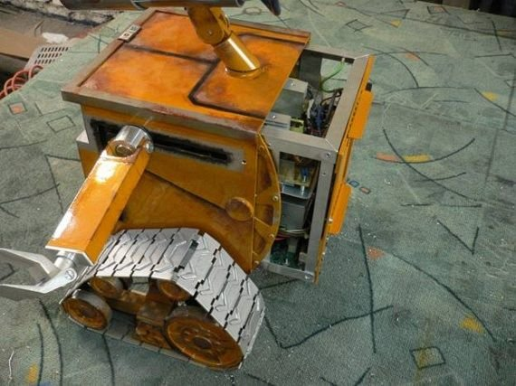 101 - russian wall-e case mod