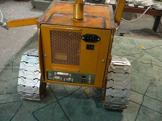 102 - russian wall-e case mod