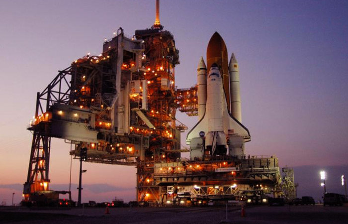 18 - assembling the space shuttle.