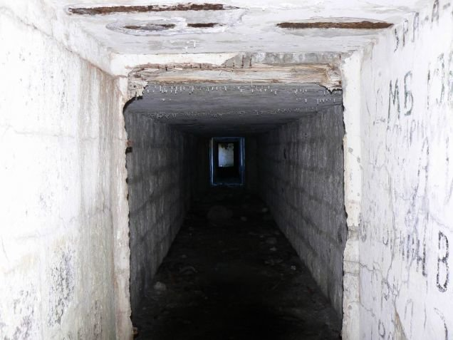 1e5qsw6 - abandoned bunkers in crimea