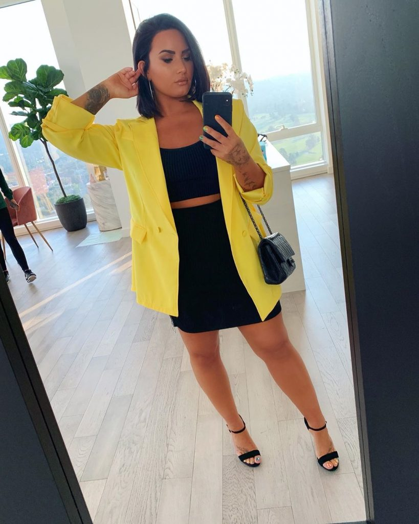 Demi Lovato Shows Her Figure in Police Officer Halloween