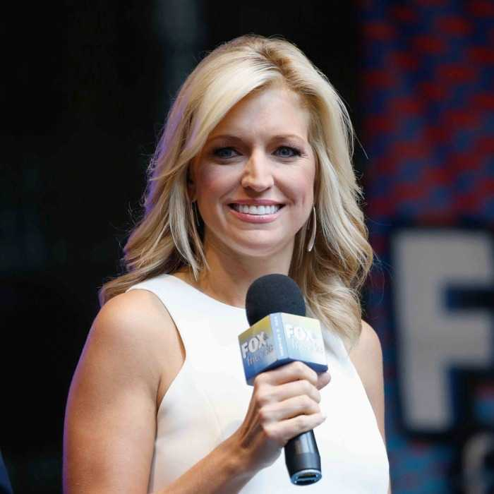 40 Sexy And Hot Ainsley Earhardt Pictures