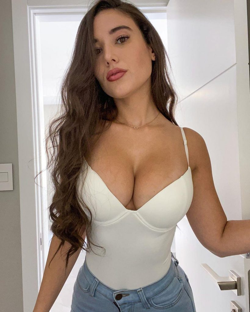 51 Sexy and Hot Angie Varona Pictures - Bikini, Ass, Boobs