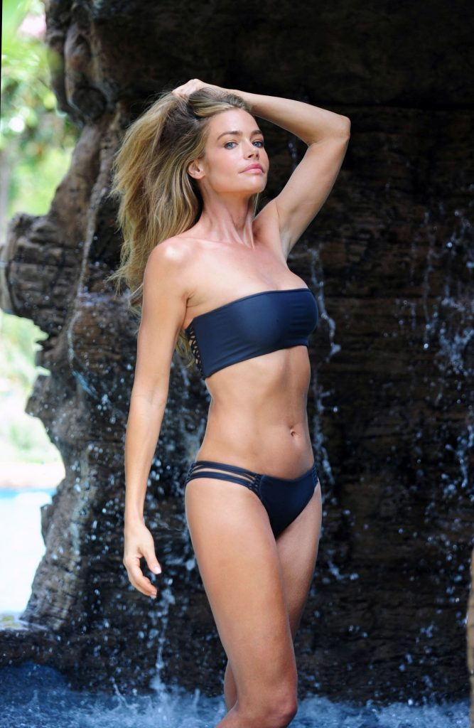 46 Sexy And Hot Denise Richards Pictures Bikini Ass Boobs Sharenatorsharenator