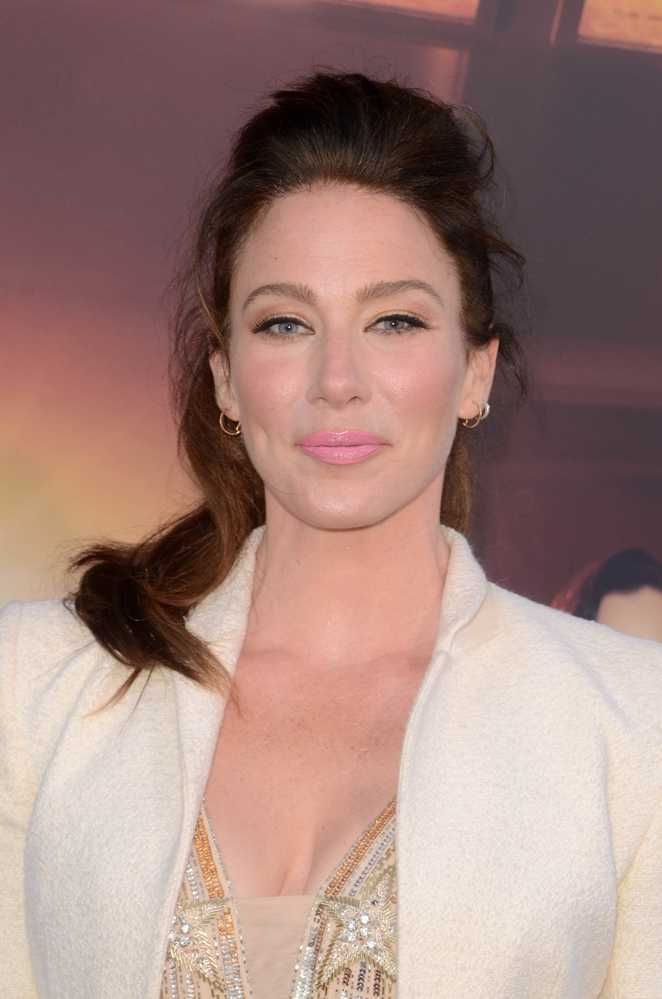 61 Hot Pictures Of Lynn Collins Expose Her Smokin Hot Body