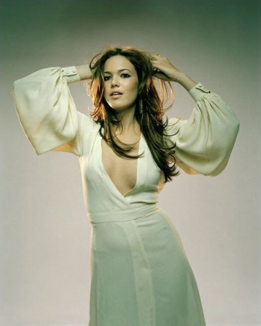 This image has an empty alt attribute; its file name is mandy-moore-hot-photoshoot.jpg