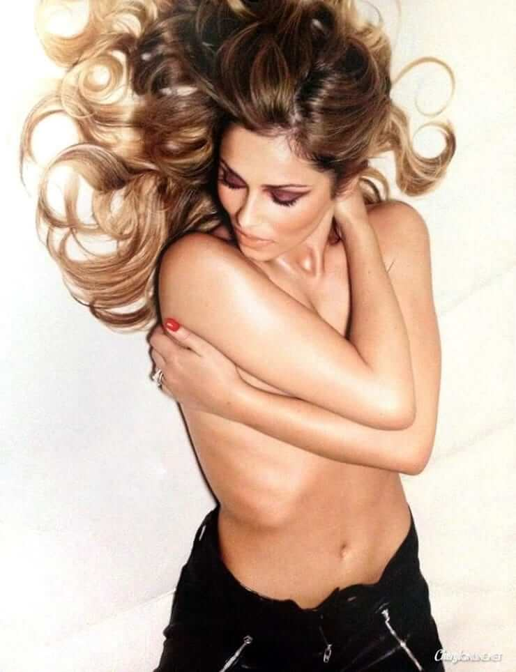 Cheryl cole smoulders wearing just a bra in crazy sexy love music photo