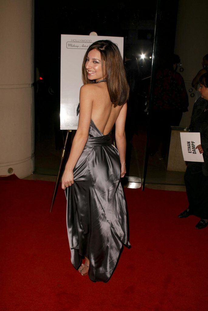 46 Sexy and Hot Vanessa Lengies Pictures - Bikini, Ass ...