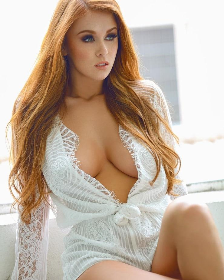 50 Sexy and Hot Leanna Decker Pictures - Bikini, Ass
