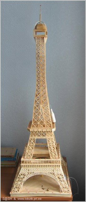 22 - eiffel tower made of matches
