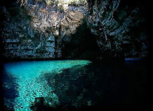2288512480103830173s600x600q85 - incredible underground lakes and rivers