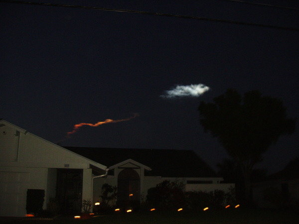 25aie - space shuttle take off - photos by twitter users