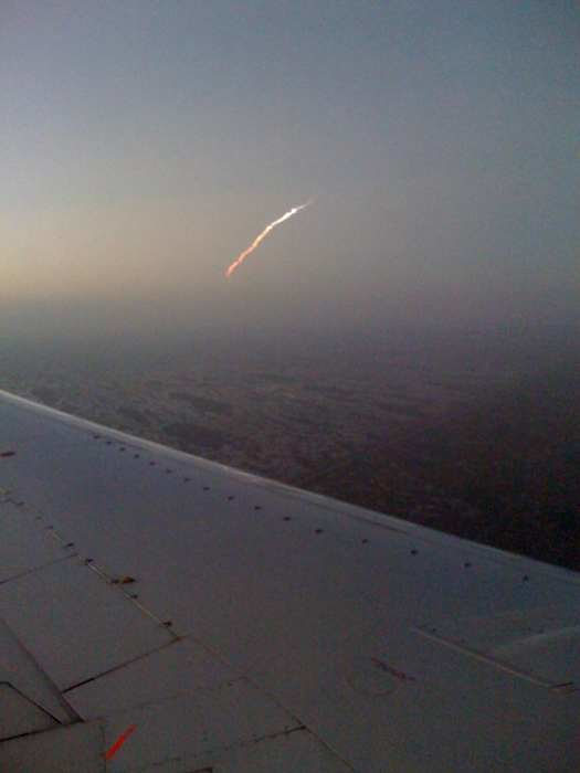 25avy - space shuttle take off - photos by twitter users