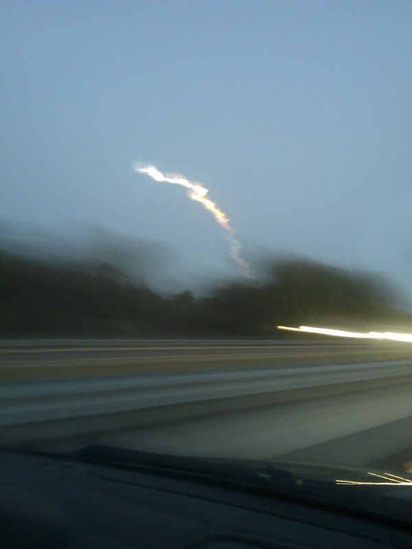 25ayy - space shuttle take off - photos by twitter users