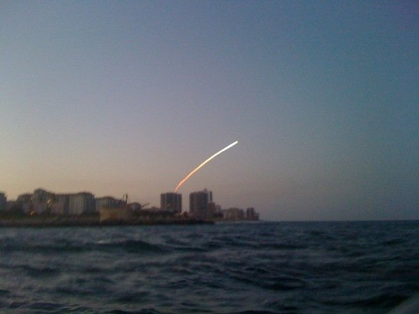 25hof - space shuttle take off - photos by twitter users
