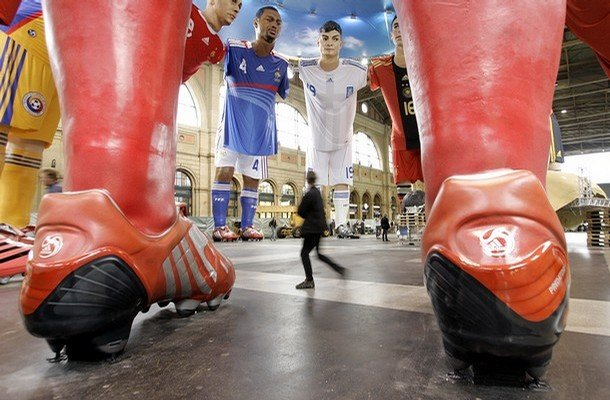 3 - giant statues of football players