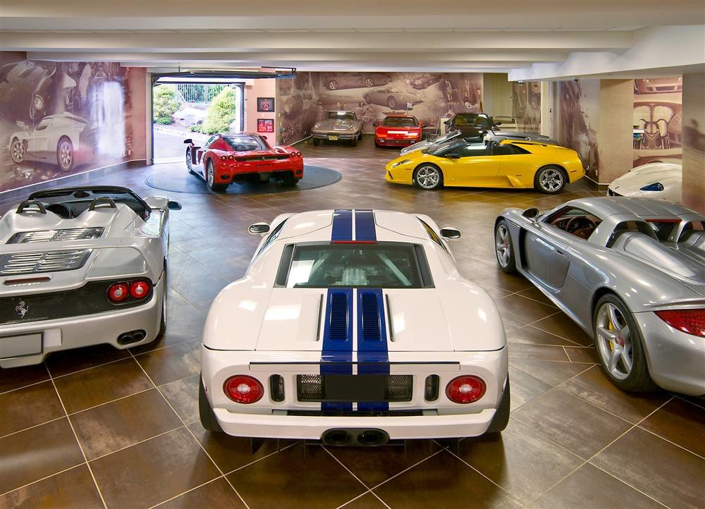 4033553229 08be4ac640 o - world's most beautiful garages