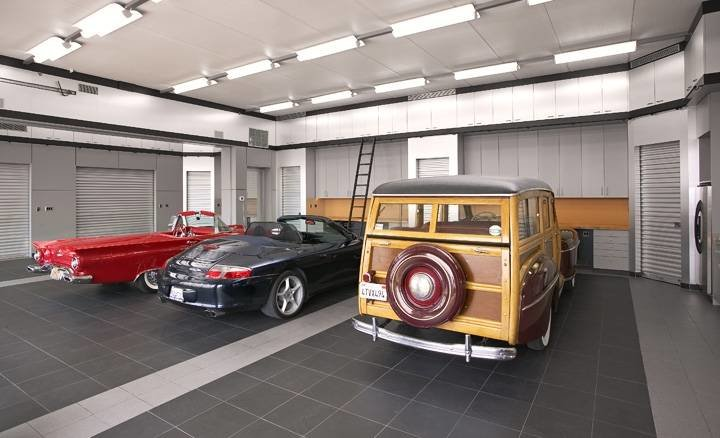 4033553311 0026547466 o - world's most beautiful garages