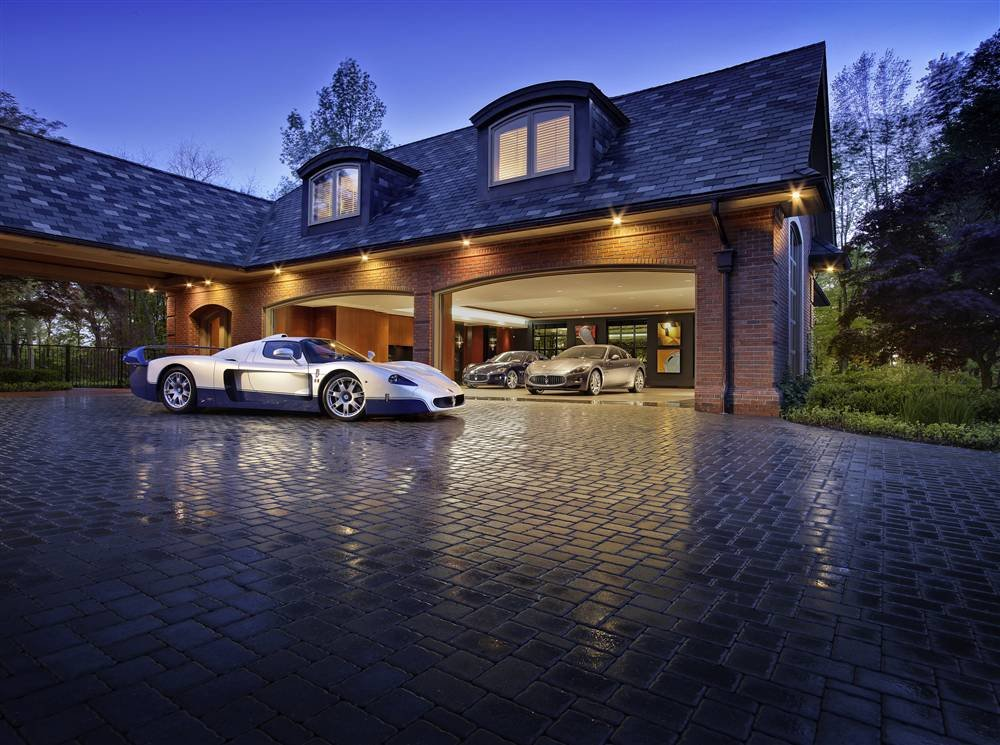 4034307046 73c929ef3c o - world's most beautiful garages