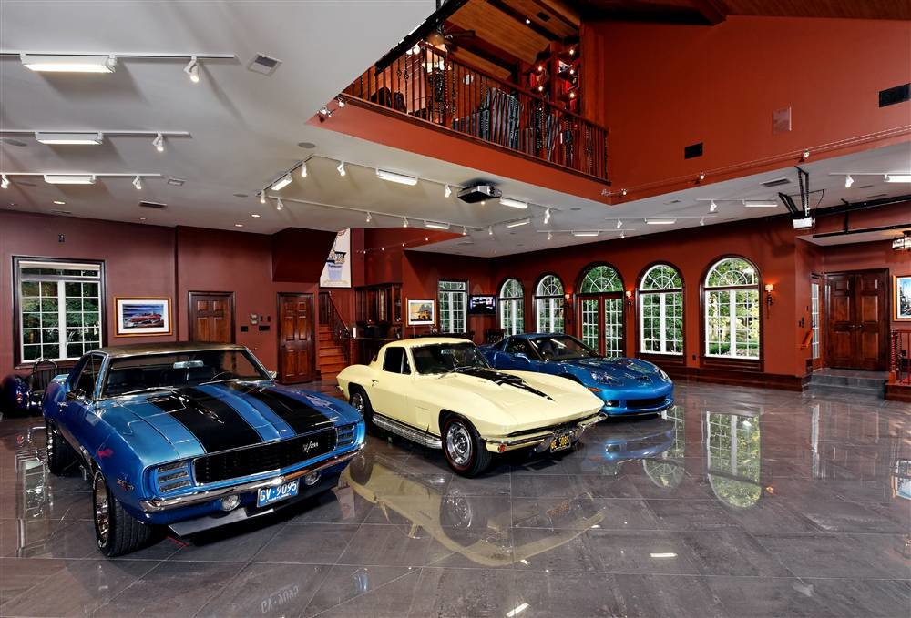 4034307260 26ce142912 o - world's most beautiful garages