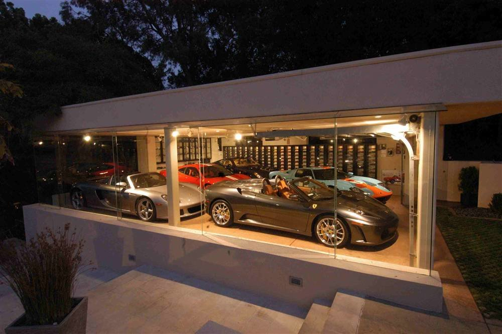 4034307324 1328a746b4 o - world's most beautiful garages