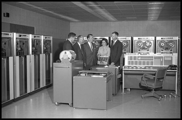 4175840281 bd8c1ae836 o - retro delight: gallery of early computers