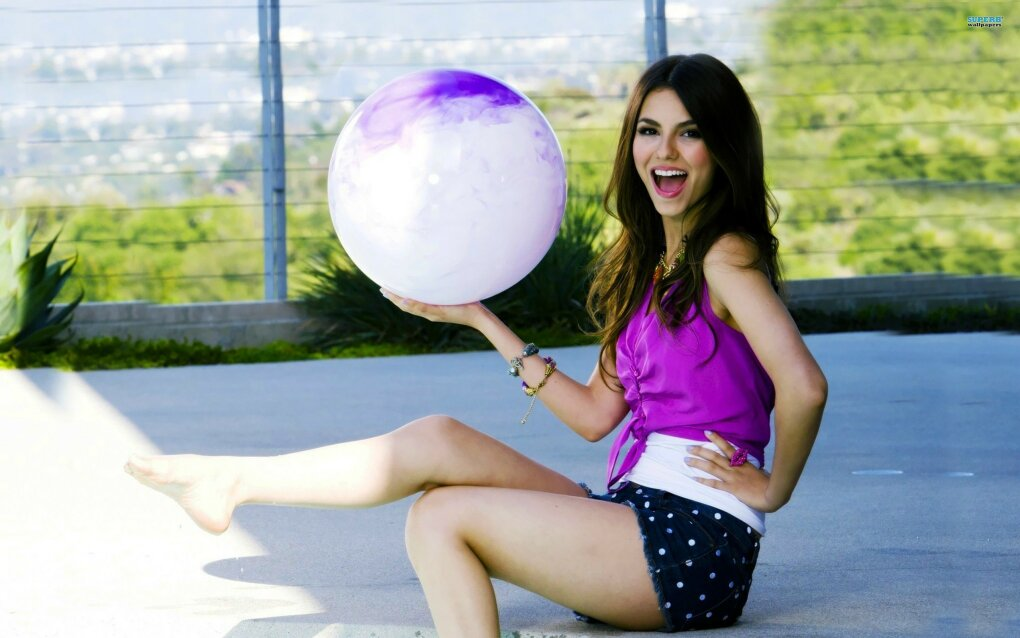 4nb5s - charming victoria justice (140+ photos)