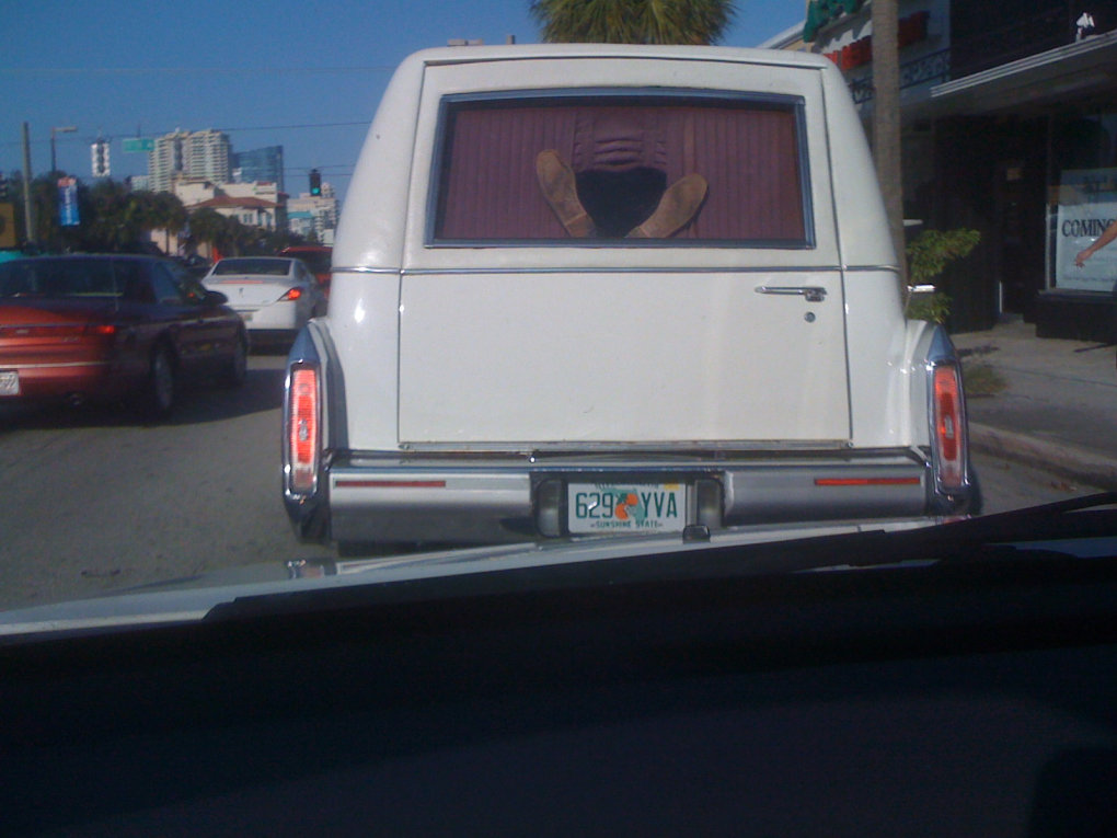 6am8s - i was driving to work this morning behind a hearse... this is what i saw