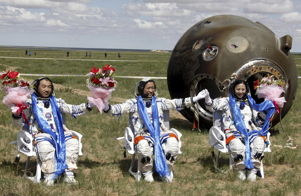 a5tuxs6 - china's manned space program