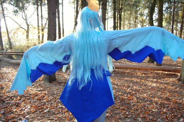 anivia - ultimate league of legends cosplay collection
