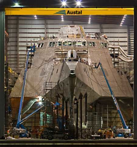 boat4 - new warship.the u.s.s. independence  (lcs-2)