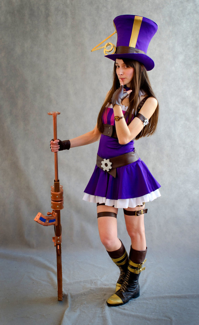 caitlyn - ultimate league of legends cosplay collection