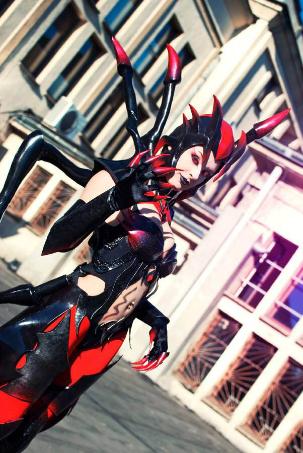 elise1 - ultimate league of legends cosplay collection