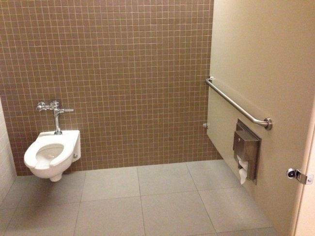 fail16 - these people had one job and failed
