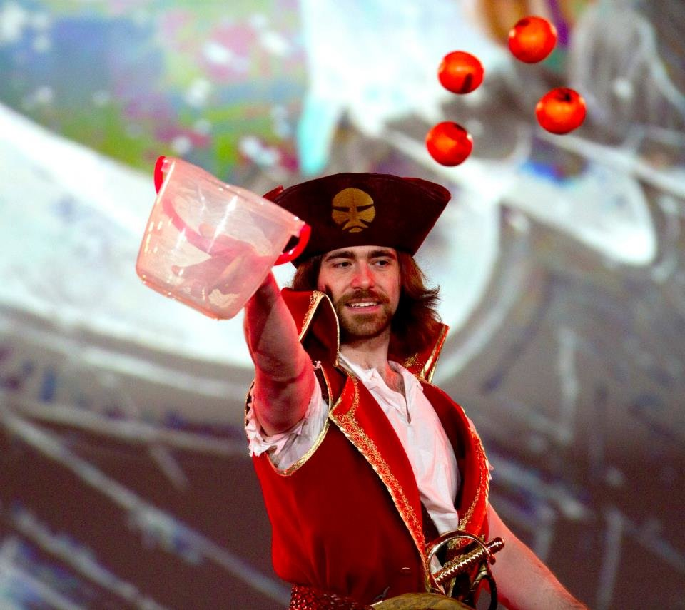gangplank - ultimate league of legends cosplay collection