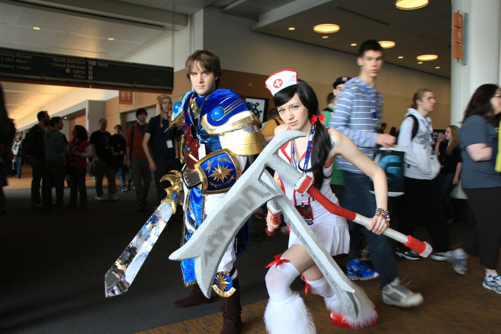 garen - awesome league of legends cosplay