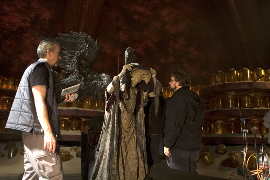 hellboy 2 - that's a cool set of old horror movie pics made behind the scenes