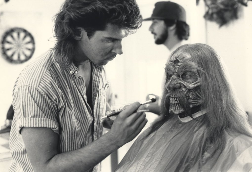 house 2 - that's a cool set of old horror movie pics made behind the scenes