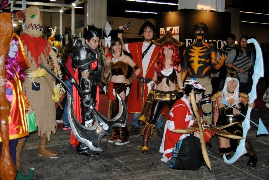 lol - ultimate league of legends cosplay collection