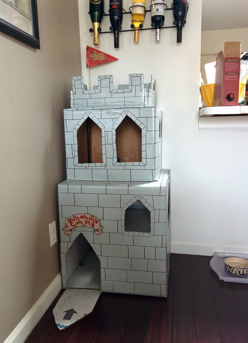 lyurlhr - why don't we build cardboard castle to our cats? this is how to do it.