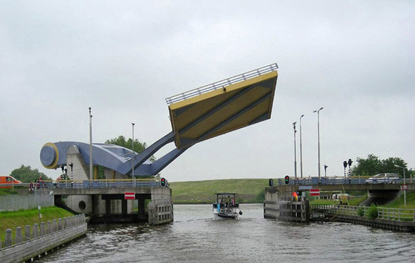 puente slauerhoffbrug01 - the world's most unusual bridges