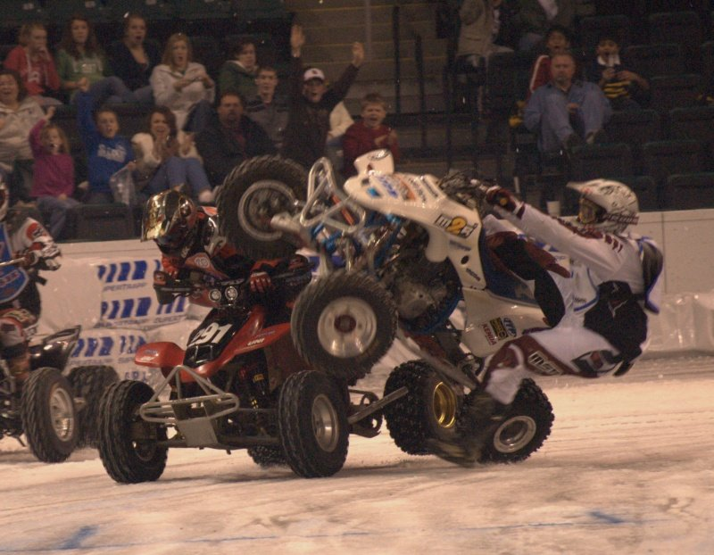 quadcrash 775116 - epicness of atv's