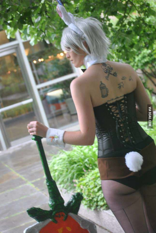 riven1 - awesome league of legends cosplay