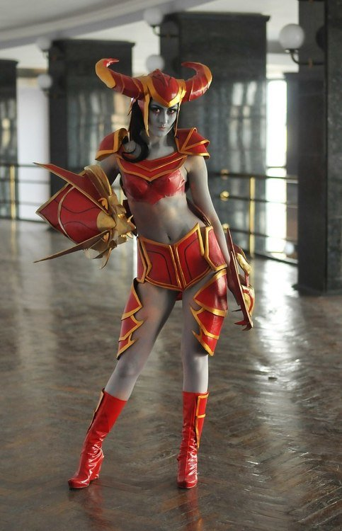 shyvana1 - awesome league of legends cosplay
