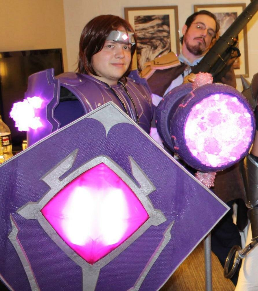 taric - ultimate league of legends cosplay collection