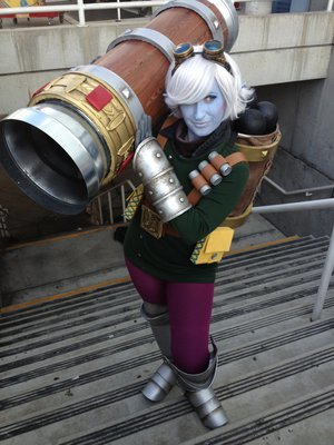 tristana - awesome league of legends cosplay