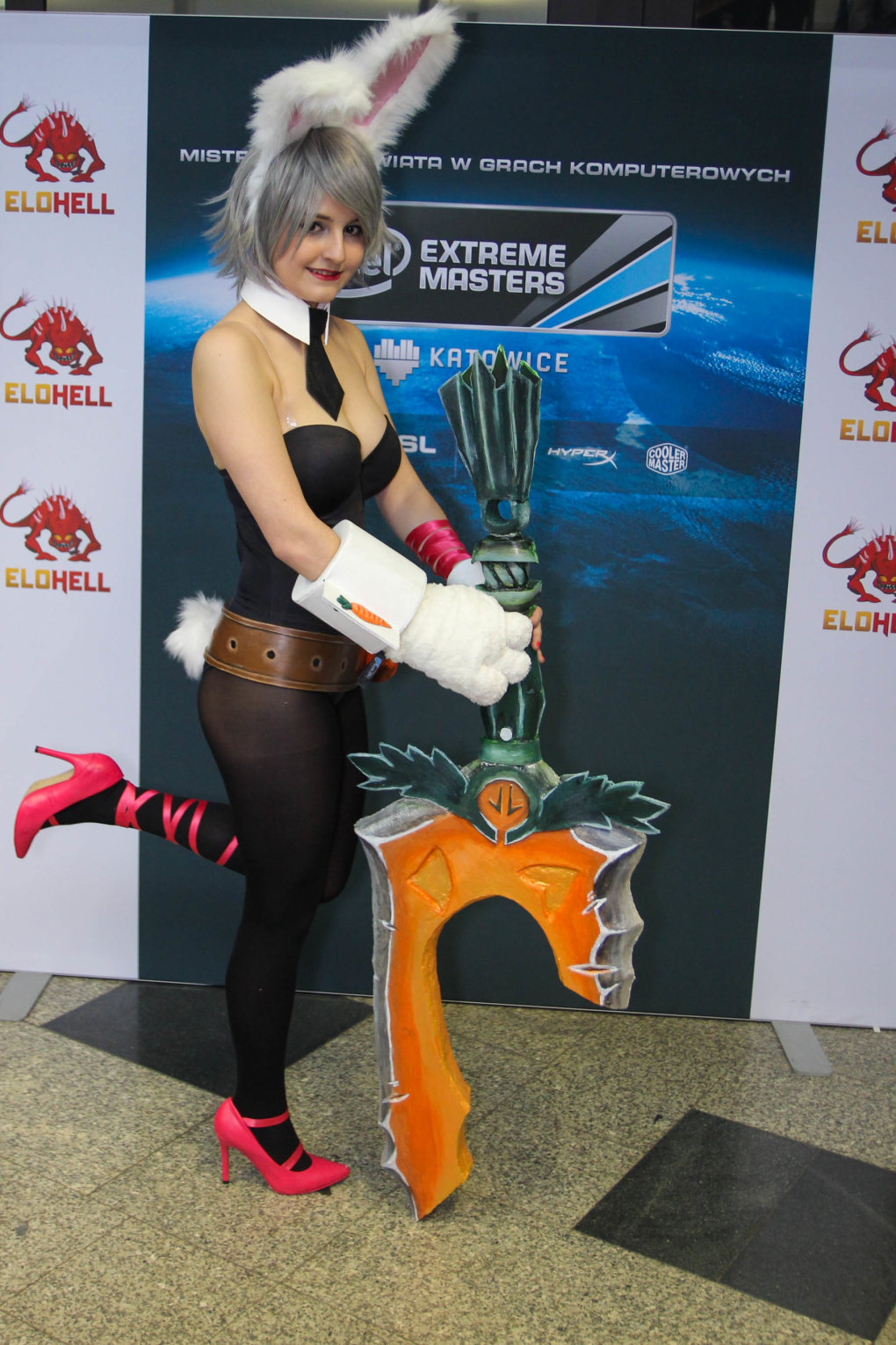 vcl9g65 - lol cosplay at intel extreme masters